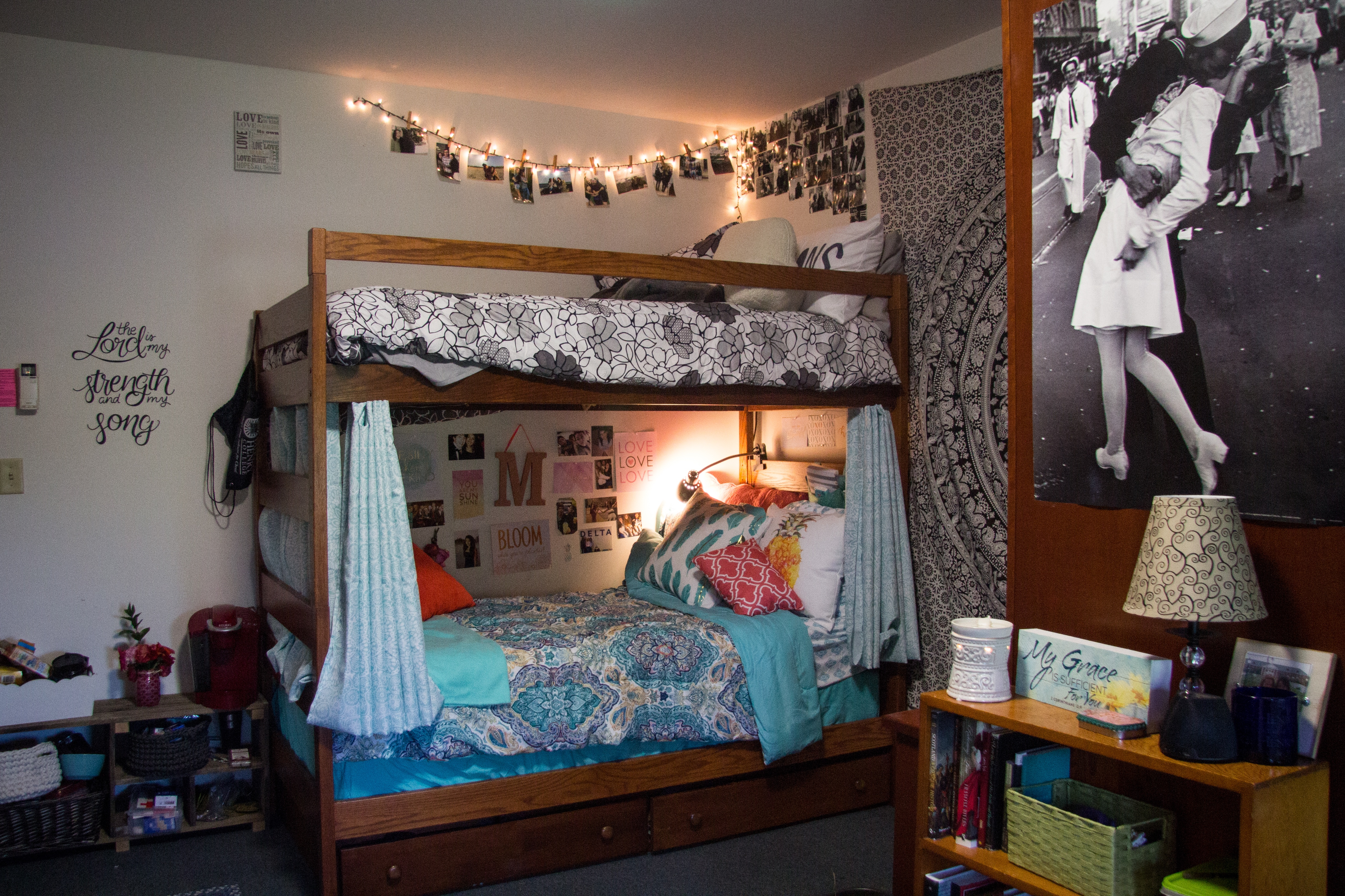 Patrick Henry College dorm room