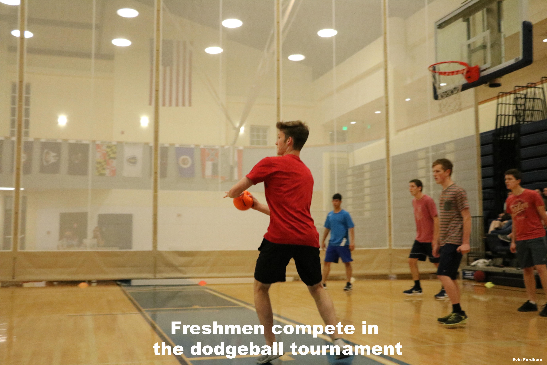 Freshmen play dodgeball