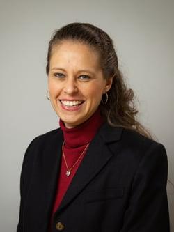 Jennifer Schlaudt headshot