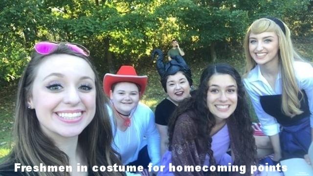 Freshmen compete in costume contest