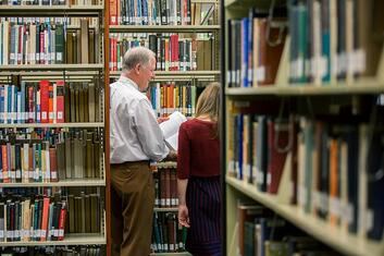 library_books_student-phc